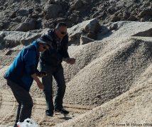 Eryuan and Li bag more salt