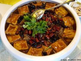 Tofu with mixed seafood